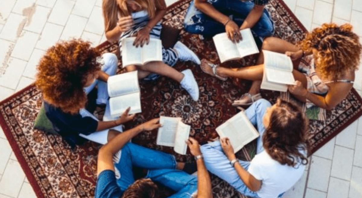 Raccontiamoci un libro